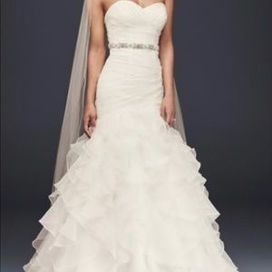 David Bridals Organza mermaid wedding dress